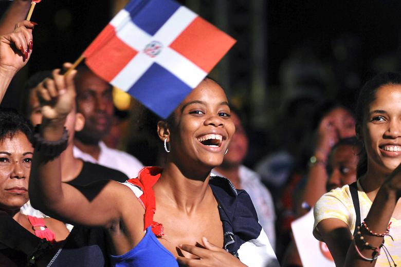 "Estudio Gallup: dominicanos ""luchan por salir adelante"""