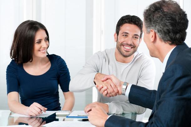 Claves para Negociar con tu primer cliente.